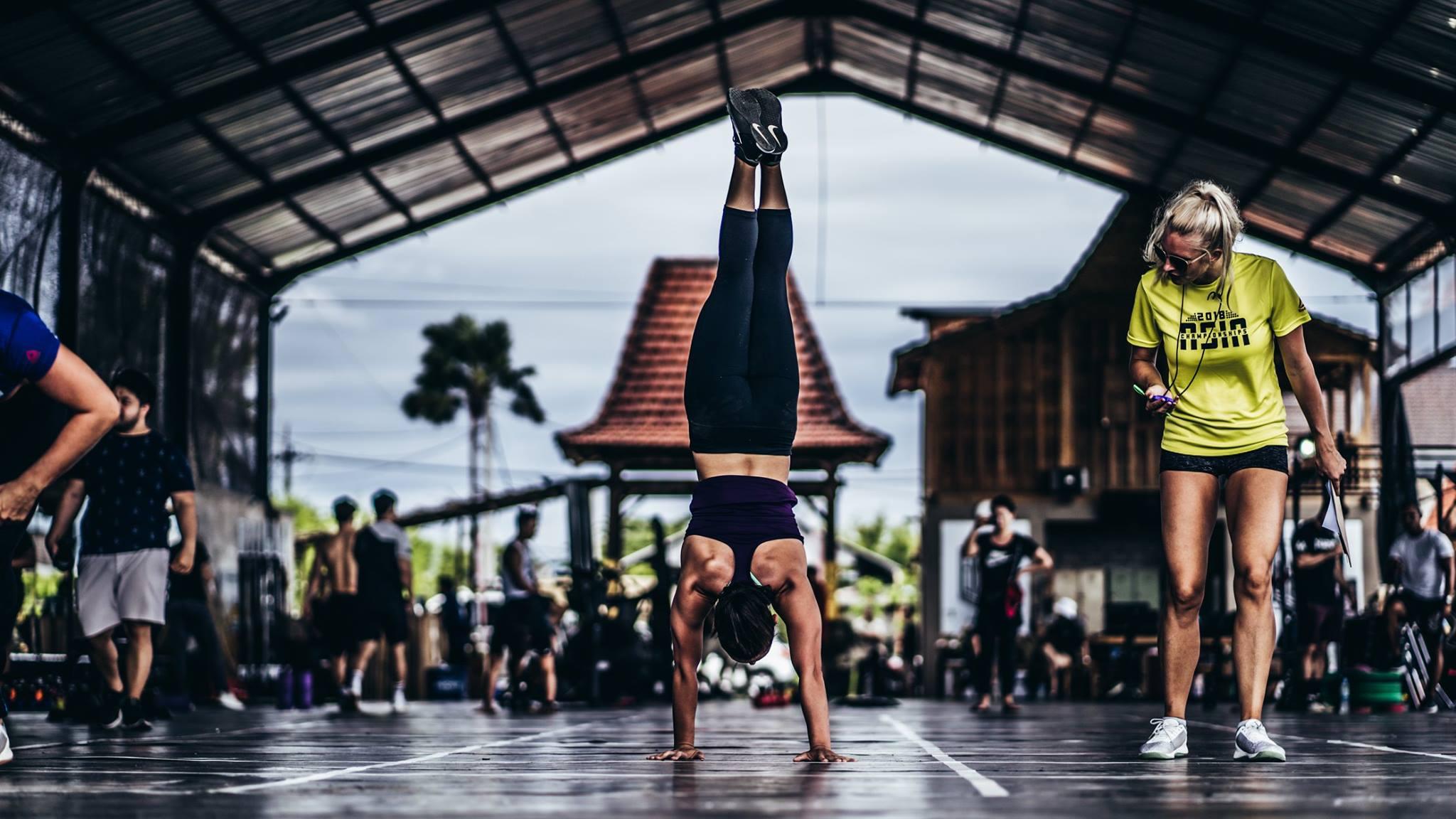 CrossFit 20.3 Open Workout: Deadlifts, handstand push-ups and handstand walk